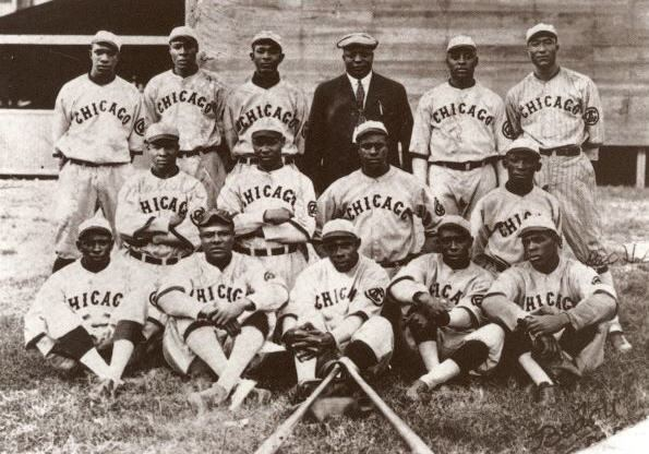 Chicago American Giants, 1910, With Rube Foster in the Dark Suit