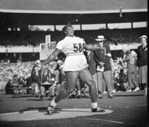 Earlene Brown at the 1956 Melbourne Olympics