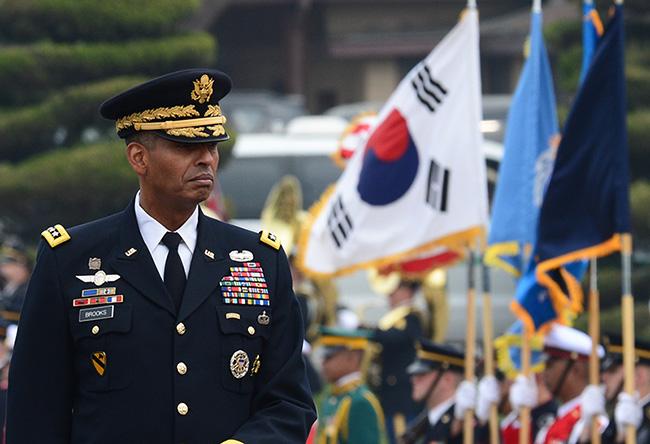 GeneralVincent K. BrooksReviewing UN Troops in South Korea, 2017