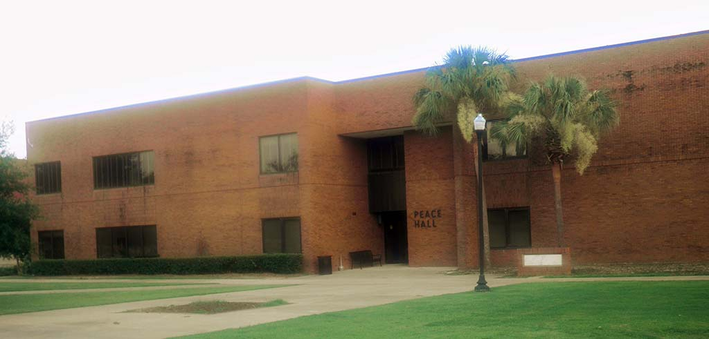 Peace Hall, College of Business, Albany State University, 2011