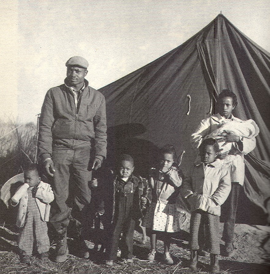 Tent City Family, Fayette Co. Tn., 1960 (Panopticon Gallery)