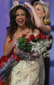 Erika Harold Being Crowned Miss America, 2003, in Atlantic City, New Jersey, September 2002.