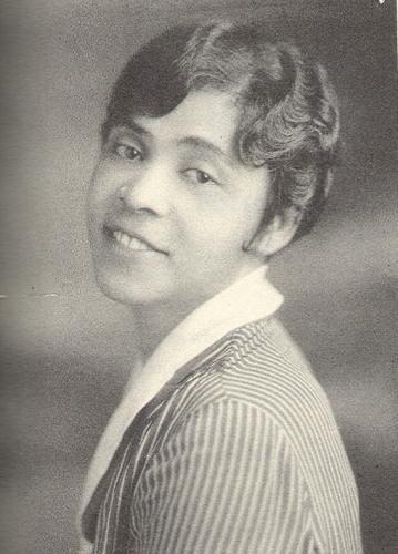 Thyra Edwards