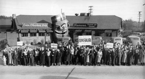 Labor Union Protest in Front of the Coon Chicken Inn, Seattle, 1939