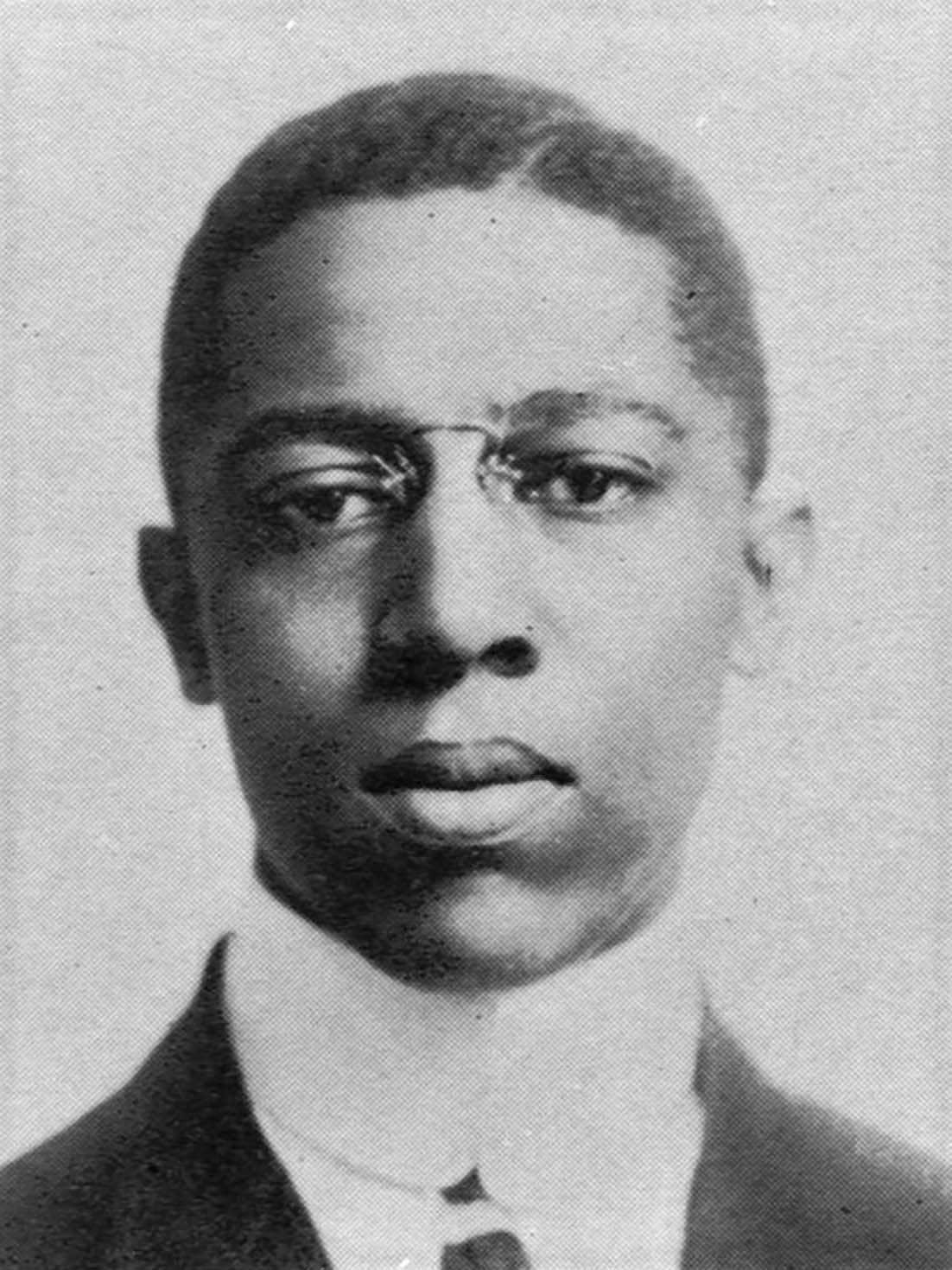 Roscoe Conkling Giles, Cornell Class Book, 1911